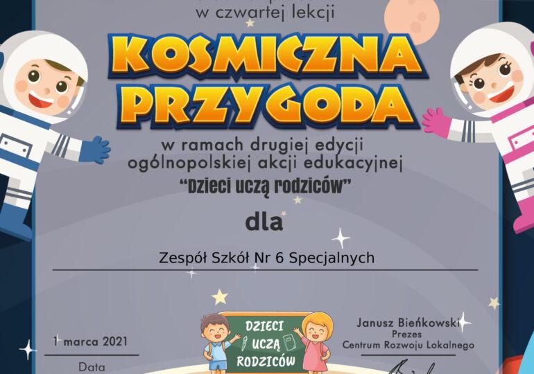 """Kosmiczna Przygoda - czwarta lekcja ogólnopolskiej akcji """"Dzieci uczą rodziców"""""""